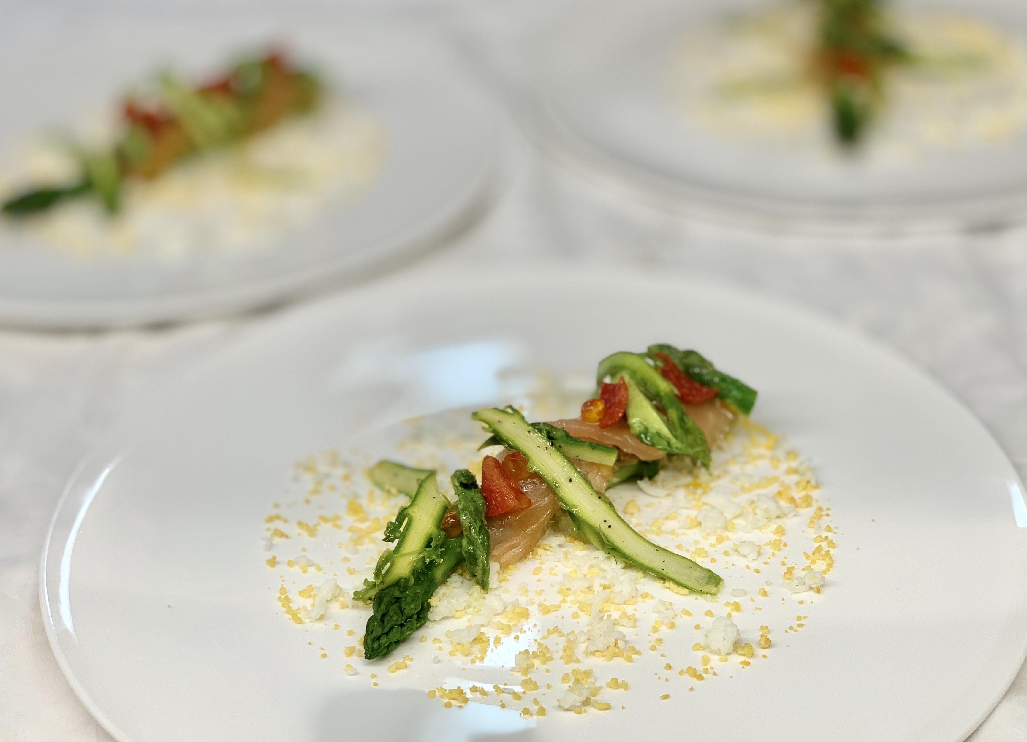 """HOSTELLERIE DE LEVERNOIS - LA TABLE DE LEVERNOIS Menu """"Degustation"""""""