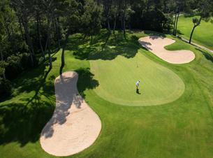 HOSTELLERIE DE L'ABBAYE DE LA CELLE - Coffret Golf et Gastronomie