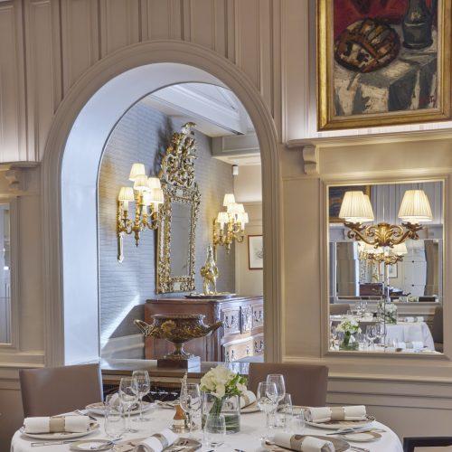"Restaurant Paul Bocuse - Invitation à la Gourmandise ""Grande Tradition"""