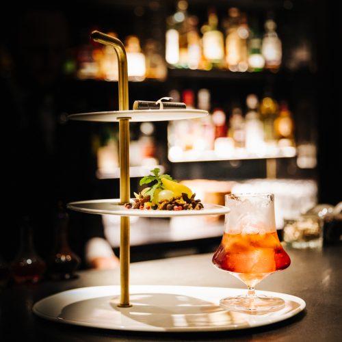 LE BURGUNDY PARIS - Cocktail au bar Le Charles
