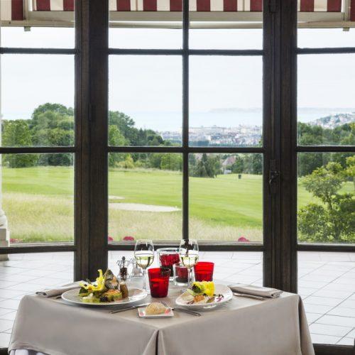RESORT BARRIERE DEAUVILLE - Gourmandise & Papille RESTAURANT LE LASSAY à L'Hôtel du Golf
