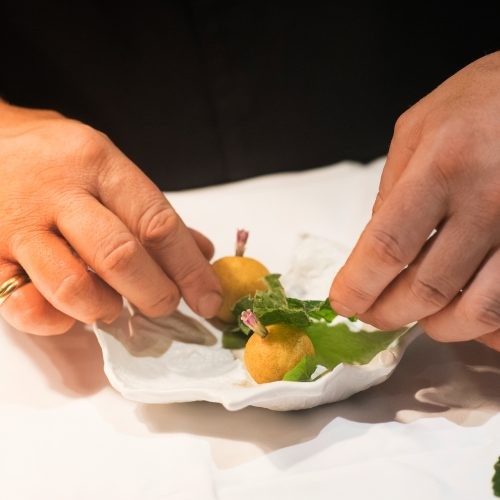 HOTEL RESTAURANT HERVE BUSSET - Coffret Cadeau-Repas gourmand Menu Reflet en 5 services