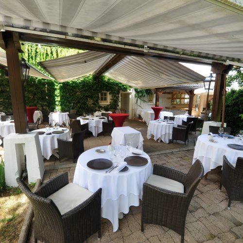 HOTEL RESTAURANT LA CHAUMIERE - Détente culinaire Plaisir Apéritifs et Vin compris