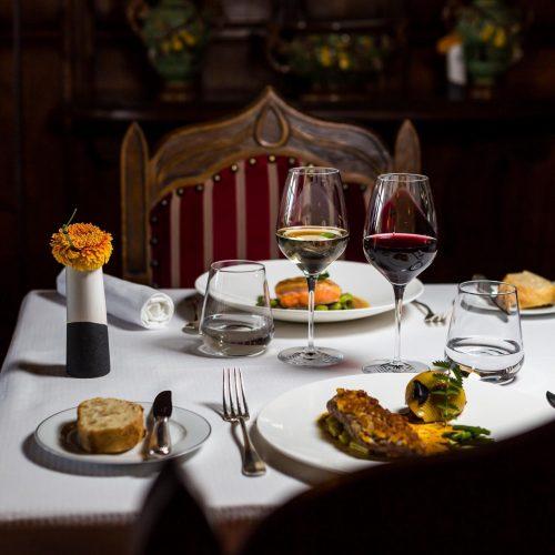 LA COUR DES CONSULS HOTEL & SPA - Menu dégustation à Carcassonne