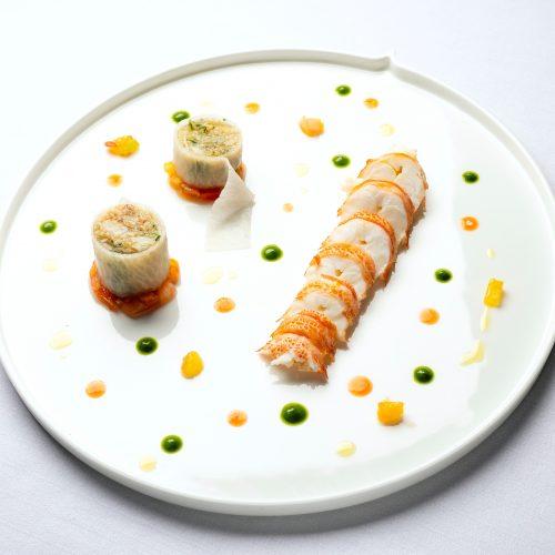 - Un diner autour de notre Menu Dégustation Boissons comprises