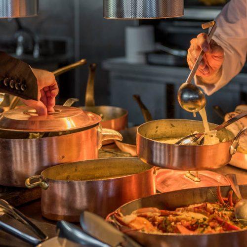 - L'art du service à la française au restaurant la Véranda
