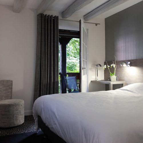 HOTEL PERE BENOIT *** - SEJOUR EN AMOUREUX