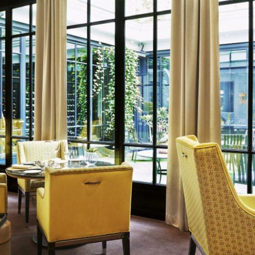 LE BURGUNDY PARIS - Menu découverte pour deux au restaurant Le Baudelaire