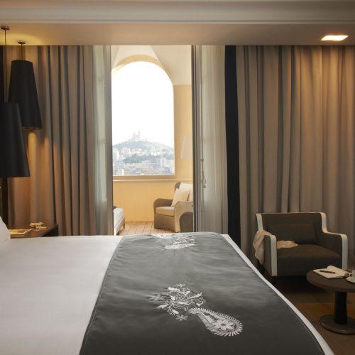 INTERCONTINENTAL MARSEILLE - HOTEL DIEU - Une nuit face à la Bonne-Mère